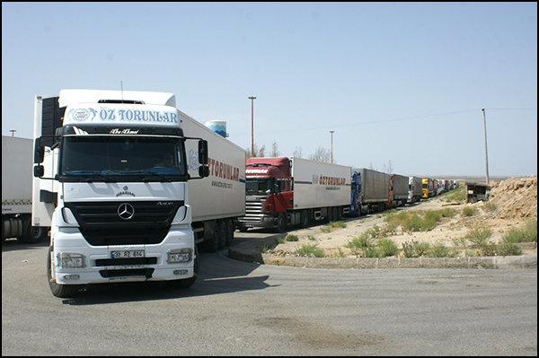 صادرات ۸۵۶ هزار و ۳۸۸ تن کالا از پایانه های مرزی سیستان وبلوچستان