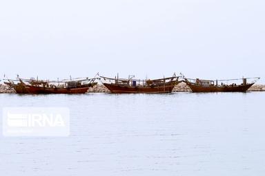 دروازههای امارات بر شناورهای استان بوشهر همچنان بستهاست