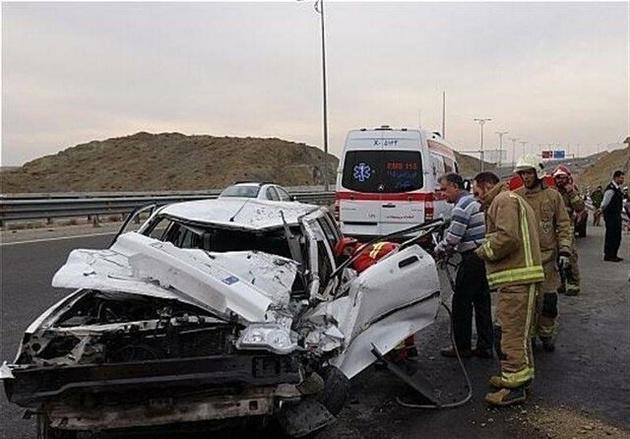 مرگ سالانه ۱۴۰۰۰ نفر در جادههای کشور