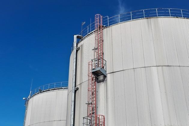 Vopak Sells European Petroleum Terminals