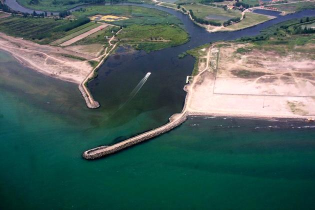 قول مساعد وزیر گردشگری درحمایت از توسعه گردشگری دریایی بندر چمخاله