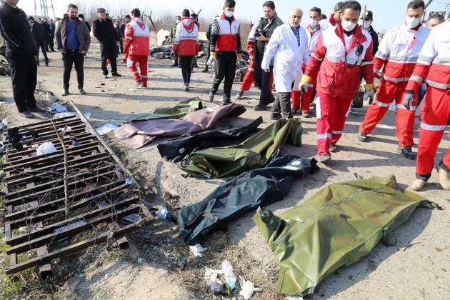 ۱۲۴ نفر از قربانیان سقوط هواپیمای اوکراینی شناسایی شدند