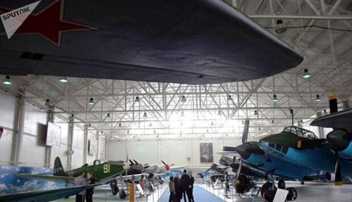 نمایشگاه هواپیماهای جنگی دوران شوروی.jpg5