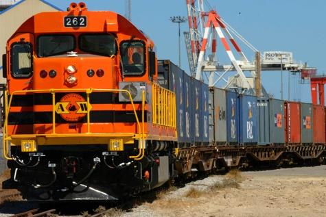 عجیب ترین خطوط راه آهن جهان +عکس