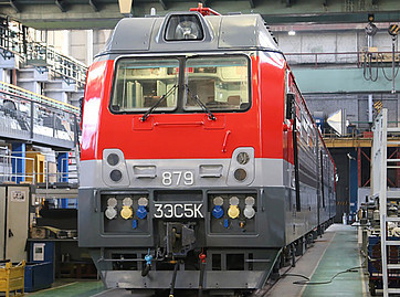 RZD awards 327-loco supply and maintenance contracts