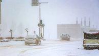 برف و کولاک آزادراه تبریز به زنجان را مسدود کرد