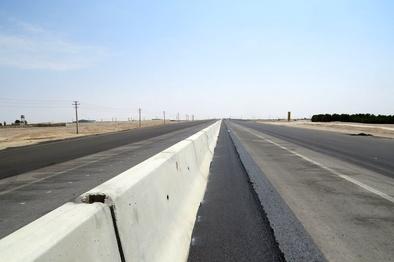 ساخت همزمان بزرگراه و خط آهن برای یک مسیر معمولی؛ حیف شدن منابع ملی