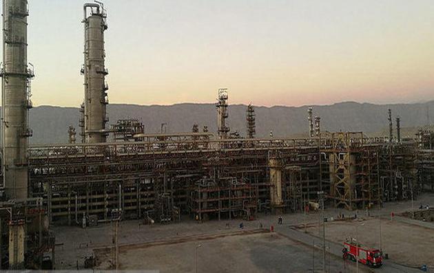 رکورد تولید بنزین در کشور شکسته شد