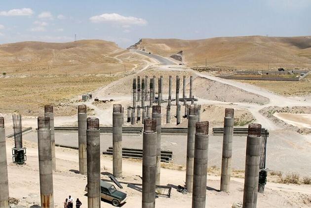 زمان افتتاح اولیه آزادراه 12 ساله تبریز - سهند اعلام شد