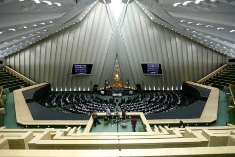مخالفت کمیسیون برنامه با کلیات اصلاح بودجه ۹۵