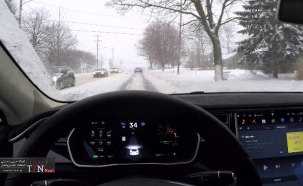 اتوپایلوت تسلا در جاده برفی هم کار میکند