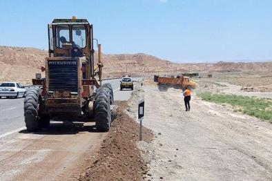 تشریح اقدامات انجام شده توسط اداره راهداری و حمل و نقل جادهای شهرستان ساوه
