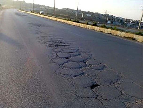 لکهگیری و آسفالت 76 کیلومتر از محورهای مواصلاتی آذربایجانغربی