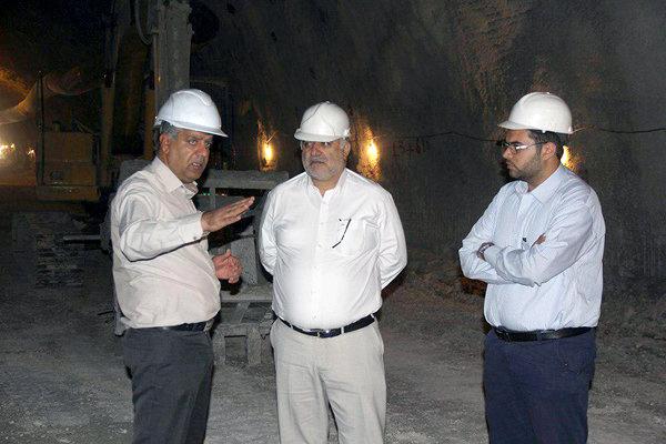 گزارشی از روند پیشرفت احداث همزمان ۳ تونل در لارستان