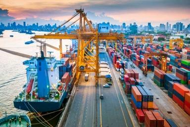 هزینه بالای ثبت کشتی، عوارض 10 درصدی را توجیه میکند