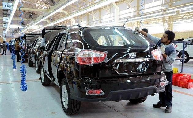 رشد تولید خودروسازان خصوصی در شرایط بد دولتیها