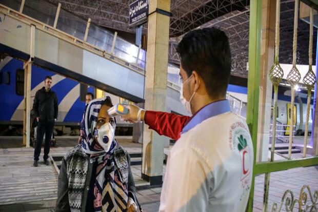 تب سنجی روزانه ۶۰۰ نفر در ایستگاههای راهآهن استان سمنان