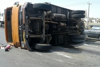 واژگونی کامیون در بجنورد یک کشته برجای گذاشت