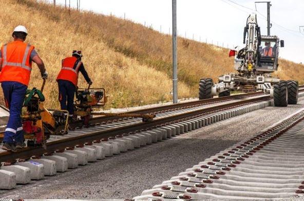 ۲۱۸کیلومتر ریلگذاری در پروژه راهآهن میانه-اردبیل