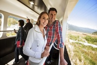 New Zealand trains to close outdoor viewing carriages because of selfies