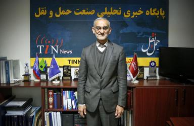حضور محسن پورسیدآقایی در تیننیوز