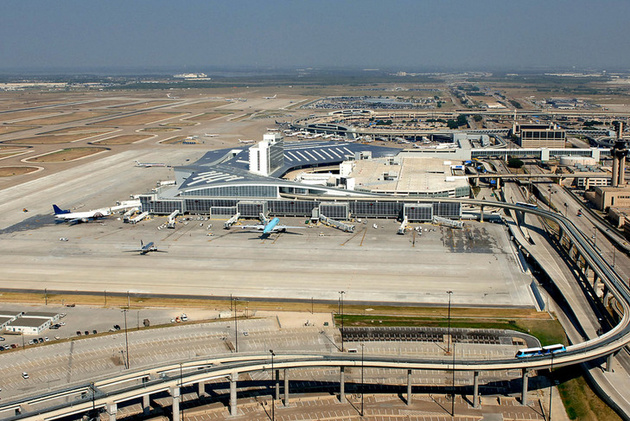 Etihad to suspend Dallas passenger service