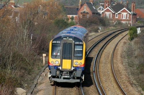 Siemens to refurbish South Western Railway Desiro EMUs