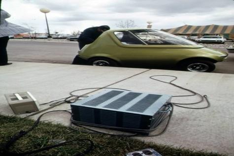 چین برای مبارزه با آلودگی هوا خودروی برقی کرایه میدهد