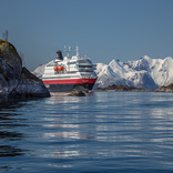 Hurtigruten Going Hybrid