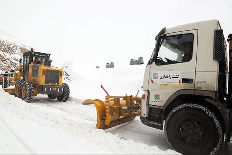 عملیات راهداری زمستانی در جاده هراز
