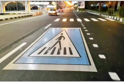عکس| شهر در تسخیر خودروها/ نادیده گرفتن حق عابران پیاده