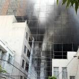 ساختمان نیمهکاره نیایش در آتش سوخت