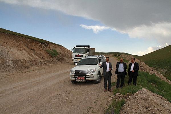 بازدید از پروژه محور کریق – آرموداق در استان اردبیل