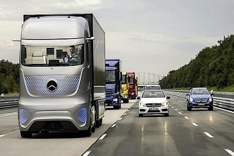 A self - driving Mercedes - Benz truck drove on Germany's Autobahn