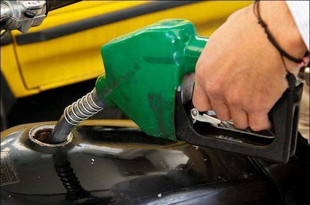 مخالفت سران قوا با افزایش قیمت بنزین