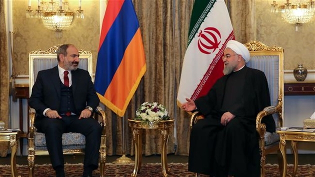 Iran, Armenia sign two economic cooperation agreements