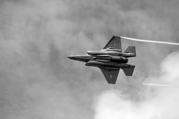Japanese F-35 fighter disappears from radar