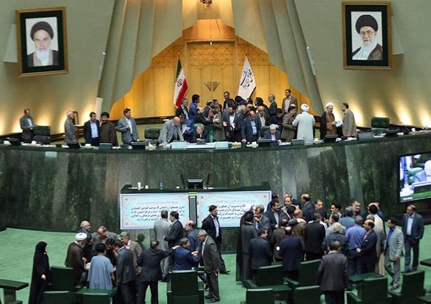 قوه قضائیه دستور حذف اجاره بهای مسکن در سایتهای اینترنتی را صادر کند