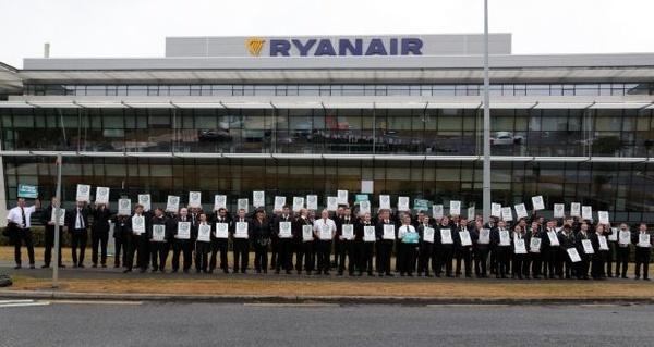 اعتصاب خلبانهای خطوط هوایی رایانایر