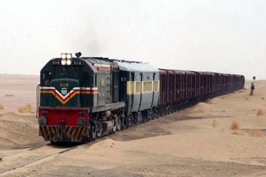 ازسرگیری تردد قطار باری ایران و پاکستان
