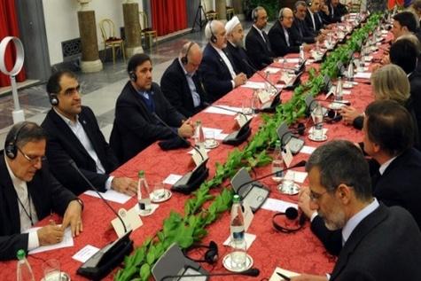 ایران و ایتالیا ۱۴ سند همکاری امضا کردند / حوزههای حمل و نقل، راه آهن و ریل در صدر اسناد