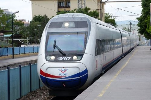 Istanbul Marmaray project will be completed in 2018, says minister