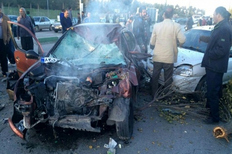 حادثه رانندگی در چهارمحال و بختیاری یک کشته و چهار زخمی برجا گذاشت