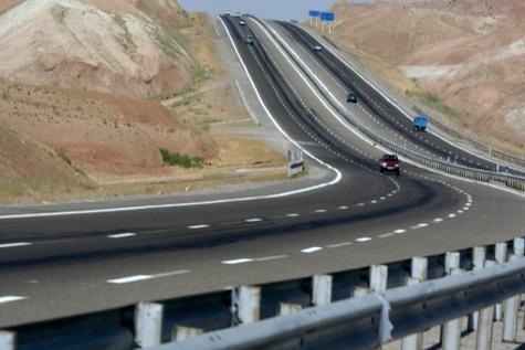 تکمیل پروژههای راهسازی ایلام؛ نیازمند اعتبارات ملی