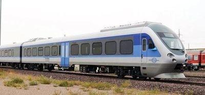 نصب برچسب «واگن مخصوص بانوان» در قطارهای حومهای