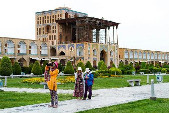 افزایش تراز منفی گردشگری ایران