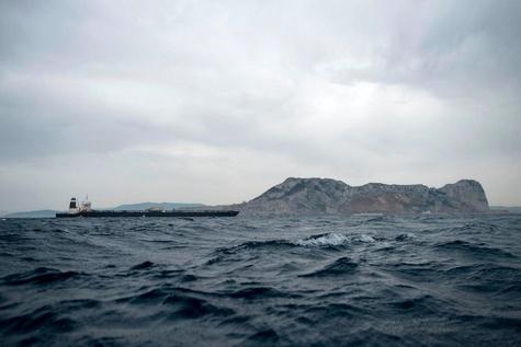 تصاویری از نفتکش توقیف شده ایران در جبلالطارق