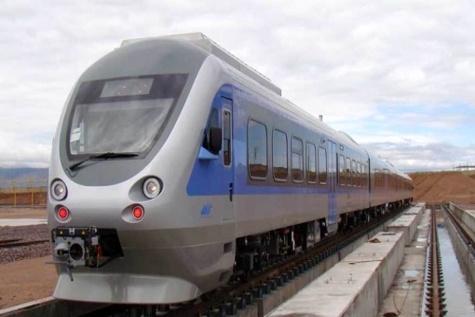 پایان ریلگذاری فاز اول خط ۲ قطار شهری مشهد تا ۲ ماه آینده