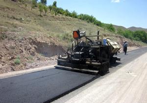بازسازی ۳ هزار و ۸۰۰ متر آسفالت روستایی در ساری