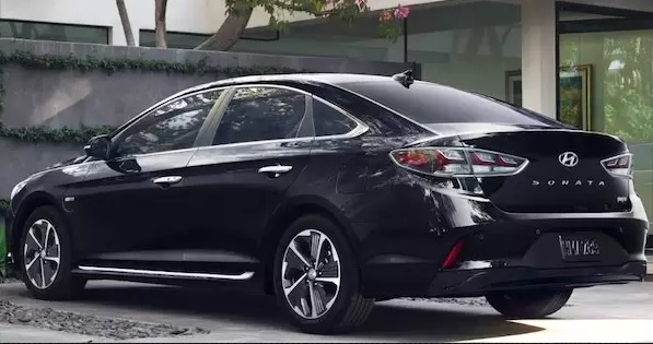 2018 Hyundai Sonata Plug-In Hybrid: 600-Mile Range, 2.7-Hour Charge Time